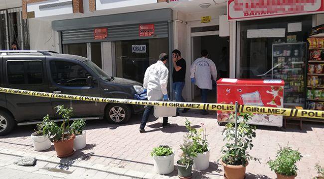 Esenyurt'ta anne ve kızına evinde silahlı saldırı