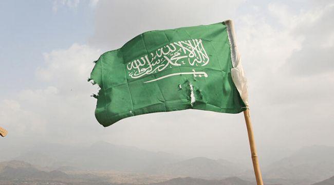 Son dakika... Suudi Arabistan'da havalimanına saldırı