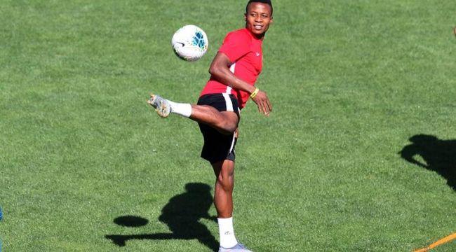 Anthony Chigaemezu Uzodimma, Kayserispor'da! | Transfer haberleri...