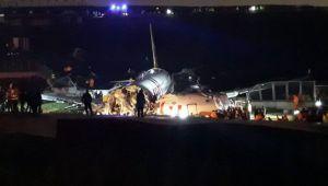 Pistten çıkan uçağın pilotuna kuleden kuyruk rüzgarı uyarısı: Öndeki 2 uçak pisti pas geçmiş