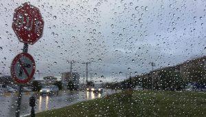Meteorolojiden İstanbul'a kuvvetli sağanak yağış uyarısı