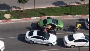 Trafikteki sopalı saldırıda, taraflardan 'küfür' suçlaması
