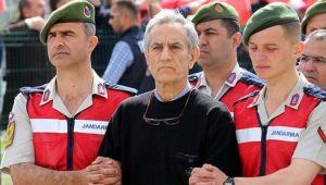Akın Öztürk'ün emir astsubayına 6 yıl 3 ay hapis
