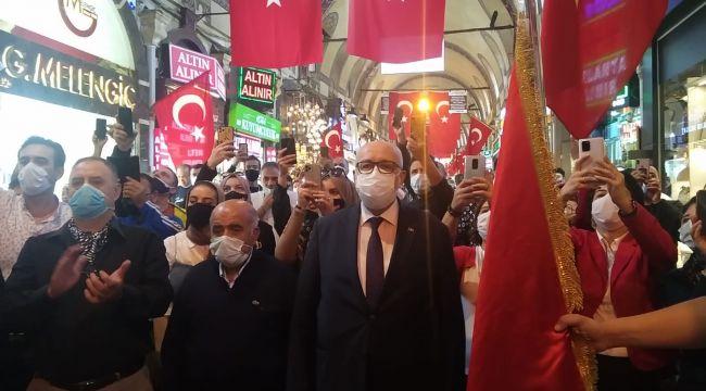 Kapalıçarşı'da 29 Ekim Cumhuriyet Bayramı coşkusu